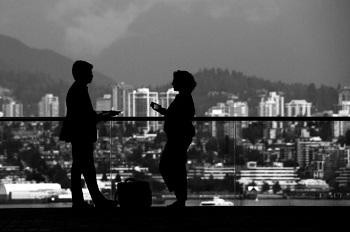 Gute Gesprächsthemen statt langweiliger Small Talk Ratgeber Bild mittig piqs.de, ashraful kadir (CC BY 2.0 DE)