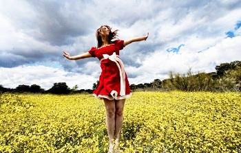 "In 30 Minuten zum Glück Bild oben piqs.de, Jesus Solana, ""Here it comes the spring! // Aquí llega la primavera!"" (CC BY 2.0 DE)"