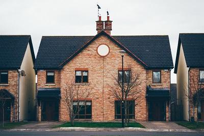 Haus oder Wohnung verkaufen oder vermieten Erfahrung Bild unten