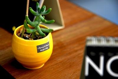Tricks für einen aufgeräumten Schreibtisch Bild oben