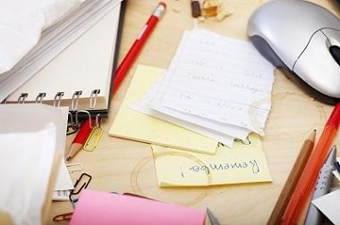 Tricks für einen aufgeräumten Schreibtisch Erfahrung Bild unten
