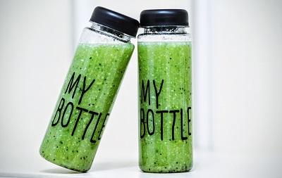 Gesund und fit durch Mixgetränke Bild oben