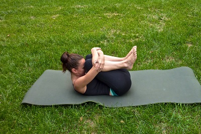 Fit mit Outdoor Übungen Anleitung Bild mittig-oben