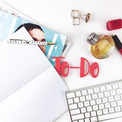 Ein individuelles Notizbuch als ideales Kundengeschenk Bild oben unsplash.com; www Hey Beauti com