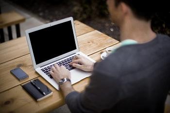 Grundlagen einer erfolgreichen Internetseite Anleitung Bild mittig-oben