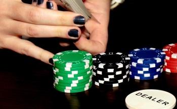Online Poker wird immer beliebter Bild oben 480807_web_R_K_by_F.H.Me._pixelio.de.jpg Quelle: F.H.Me.  / pixelio.de